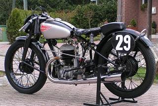 1939 Puch_Bilder_Matthias_Siebenhuehner_D_250S4_1939