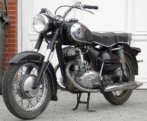 1965 Puch-Bilder_Steen_Daenemark_250SGS_Sears_1965_1