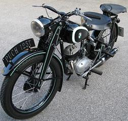 1947 puch_bilder_ronald-schilddorn_ried-ooe_125T_1947