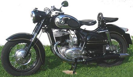 1958 Puch_Bilder_Thomas-Schlager_Schalchen-b-Mattighofen_250SG_1958